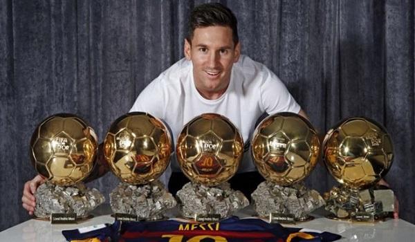 Kỷ lục quả bóng vàng